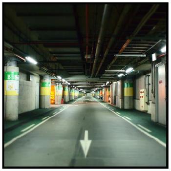 大阪の駐車場 その1.jpg